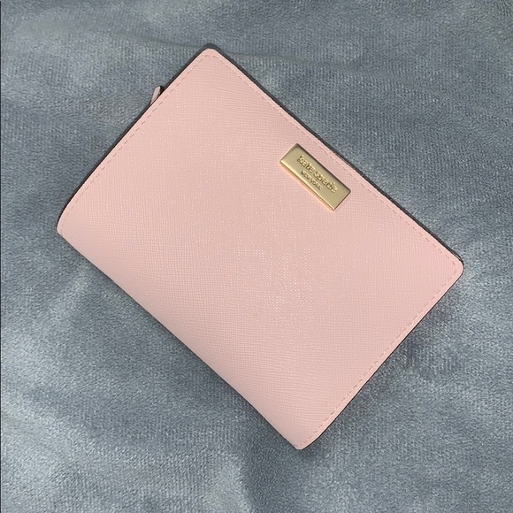 kate spade Handbags - Brand New Kate Spade Light Pink Wallet!!